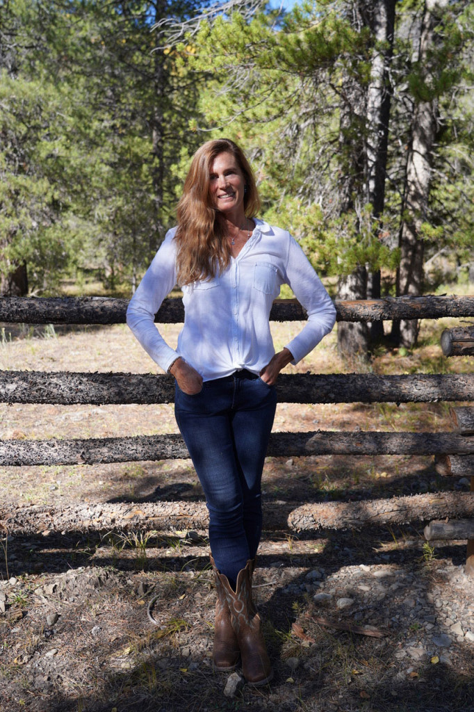 Elizabeth Smith - Project Manager