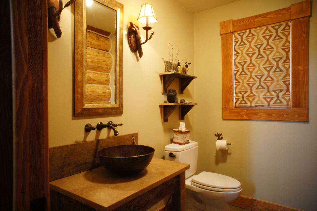colorado cabin bathroom